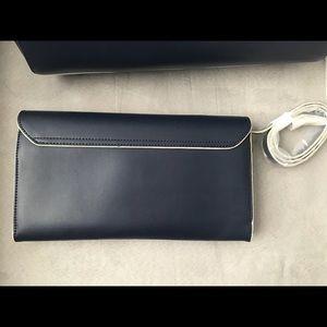 Vera Bradley Bags - Vera Bradley RFID Flap Clutch/Crossbody - NWT